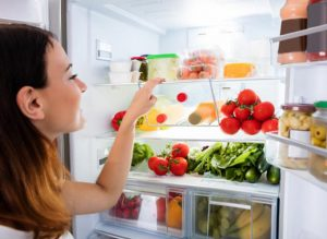 Что можно и нельзя хранить в холодильнике